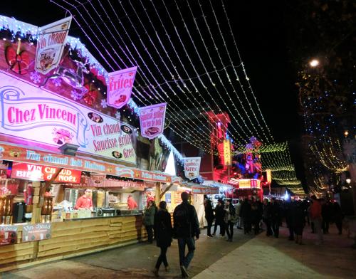シャンゼリゼ大通りのクリスマスマーケット