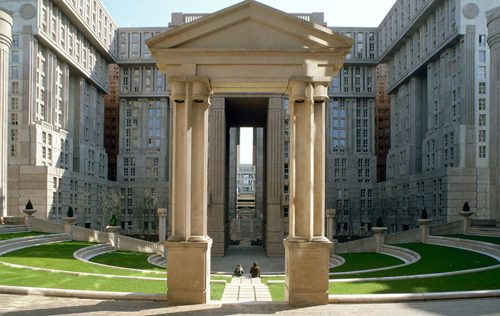 Le Palacio d'Abraxas アブラクサス館
