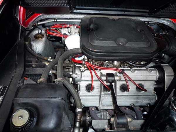フェラーリ308ファイバーグラス