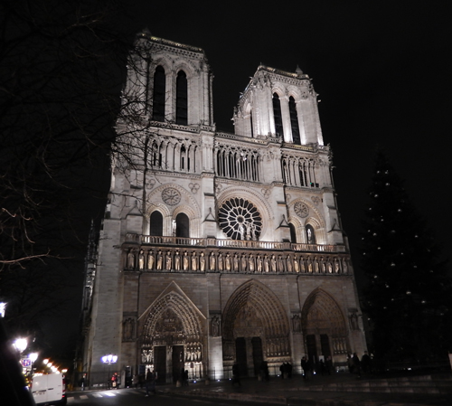パリ 観光 夜